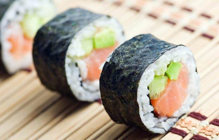 cómo hacer sushi maki
