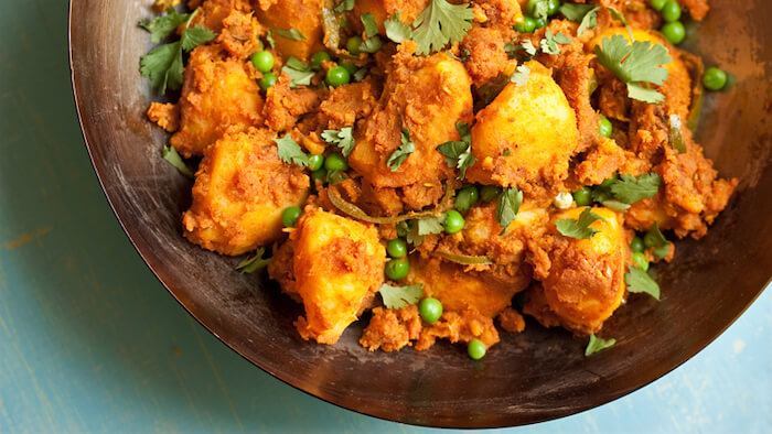 para que sirve la curcuma curcuma receta curry seco de patata y guisantes